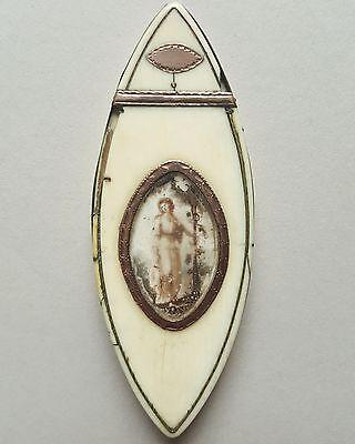 Mouche Döschen aus Knochen, mit Miniatur im Deckel, 18. Jahrhundert