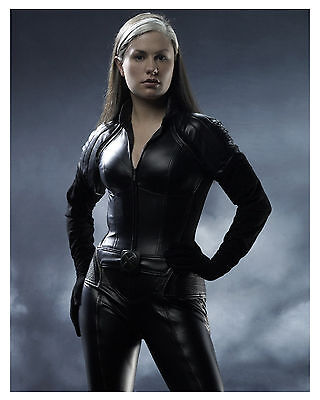 --X-MEN-- ANNA PAQUIN--(ROUGE) Glossy 8x10 Photo-