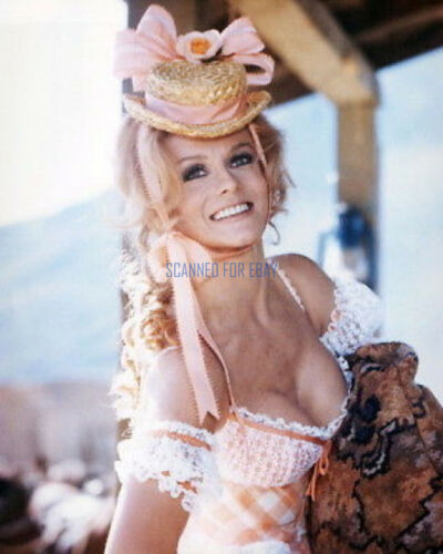 ANN-MARGRET SUPER SEXY BUSTY PHOTO FROM THE VILLAIN