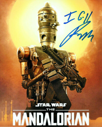 RIO HACKFORD SIGNED 'STAR WARS: THE MANDALORIAN' IG-11 8x10 PHOTO D w/COA PROOF