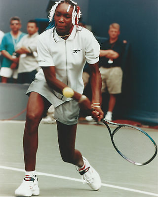 VENUS WILLIAMS 8 X 10 PHOTO WITH ULTRA PRO TOPLOADER