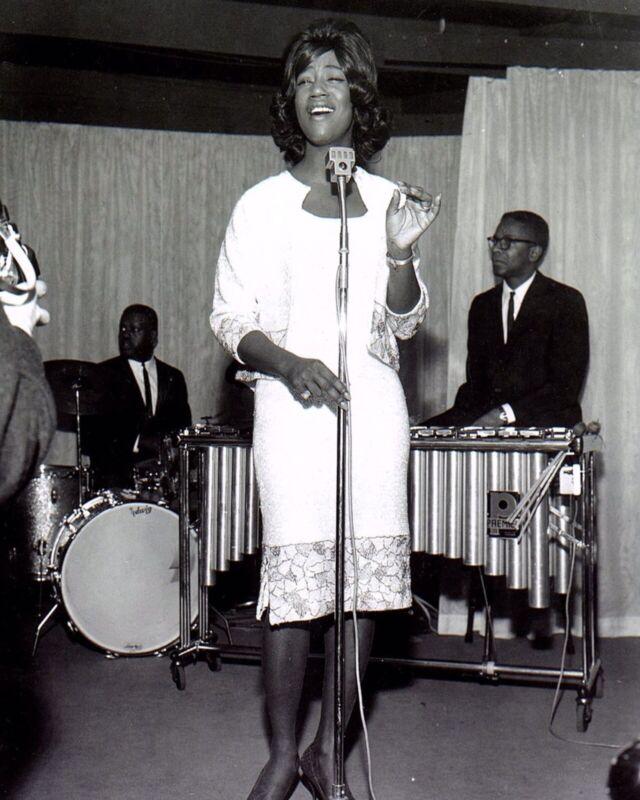 """Superb Kim Weston 10"""" x 8"""" Black & White Tamla Motown Press Photograph"""