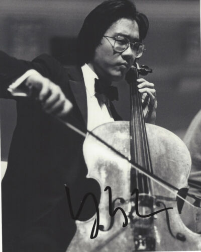 YO-YO MA SIGNED AUTHENTIC 8X10 PHOTO B w/COA AMERICAN CELLIST COMPOSER