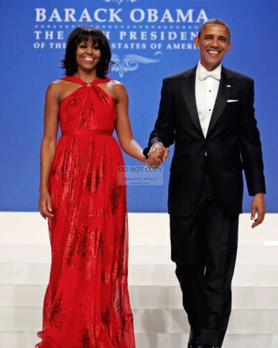 PRESIDENT BARACK OBAMA & FIRST LADY MICHELLE INAUGURAL BALL 8X10 PHOTO (ZY-641)