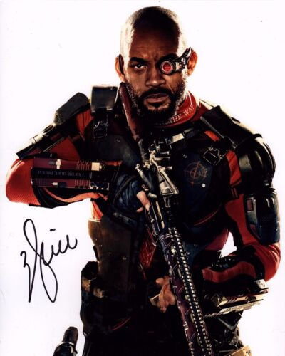 WILL SMITH SIGNED SUICIDE SQUAD 8X10 PHOTO! DEADSHOT AUTOGRAPH! WARNER BROS!