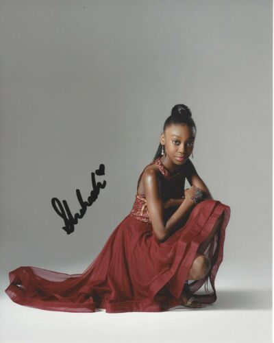 ACTRESS SHAHADI WRIGHT JOSEPH SIGNED 'US' MOVIE 8x10 PHOTO w/COA THE LION KING