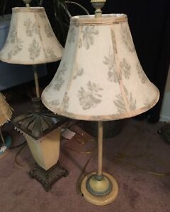 Pair of Shabby Chic Decor Lamps With Stylish Shades