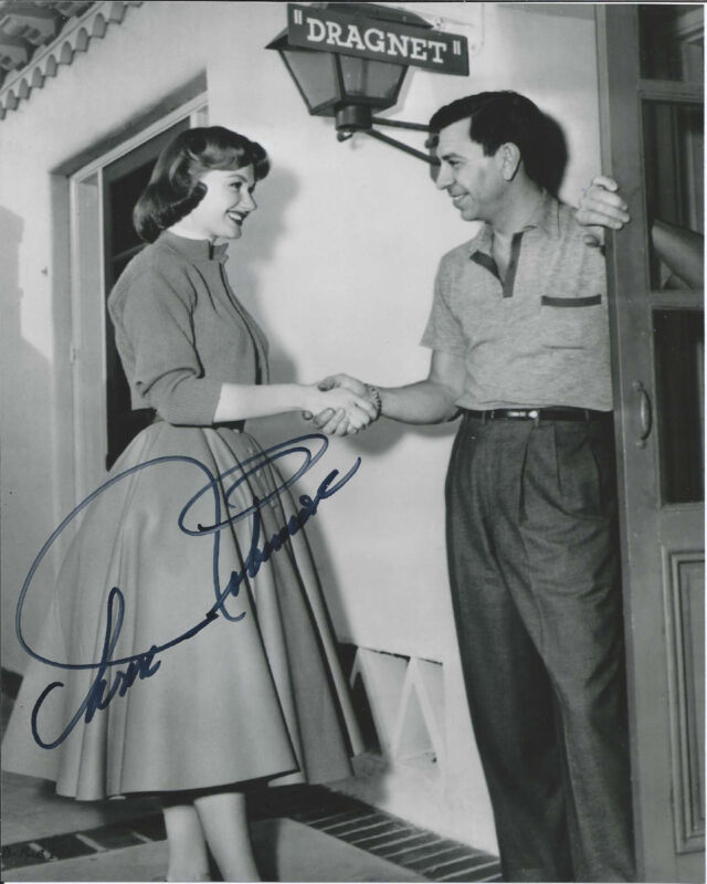 ANN ROBINSON HAND SIGNED AUTHENTIC 'WAR OF THE WORLDS' 8X10 PHOTO w/COA