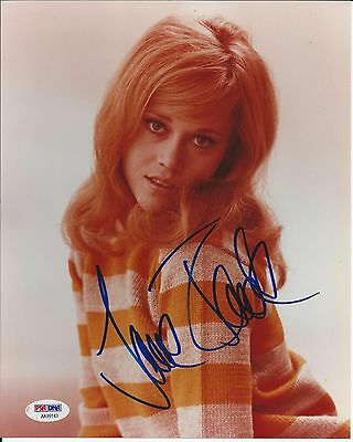 JANE FONDA Signed 8 x10 PHOTO with PSA/DNA COA
