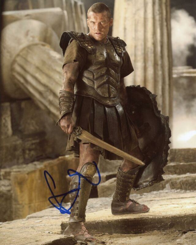 "Sam Worthington ""Clash of the Titans"" AUTOGRAPH Signed 8x10 Photo B"