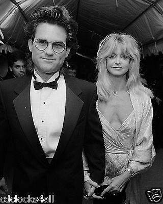 Kurt Russell   Goldie Hawn 8 X 10 Glossy Photo Picture