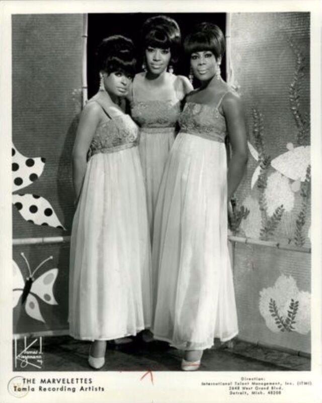 "Superb The Marvelettes 10"" x 8"" Black & White Tamla Motown Press Photograph"