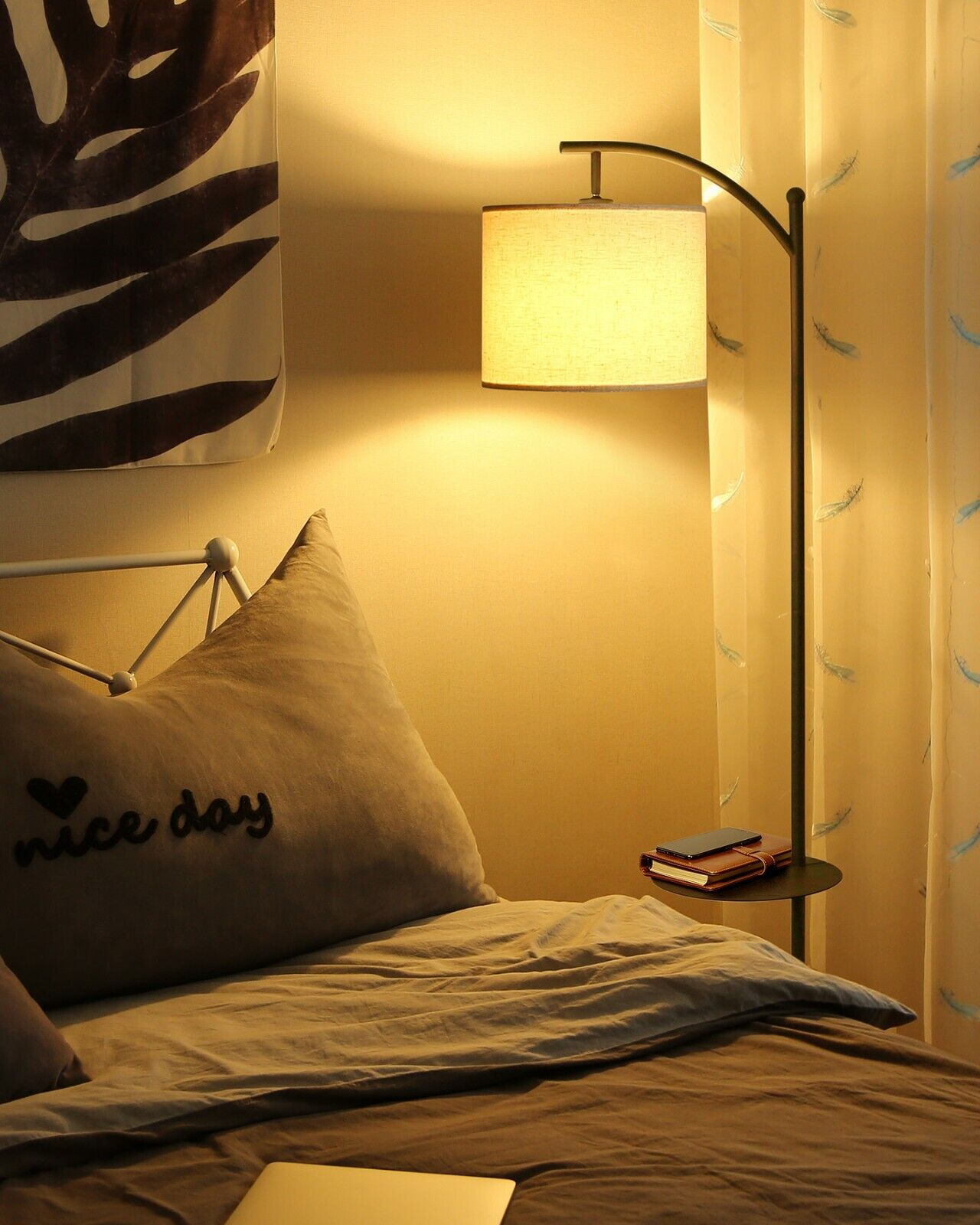 Dimmable Vintage Floor Lamp with Remote Control, Color Tempe