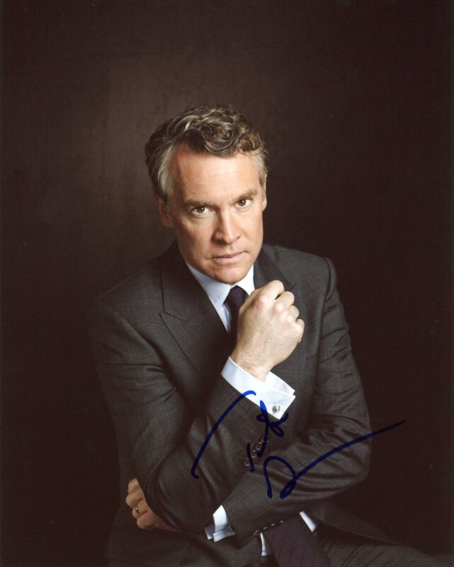 """Tate Donovan """"24: Live Another Day"""" AUTOGRAPH Signed 8x10 Photo C"""