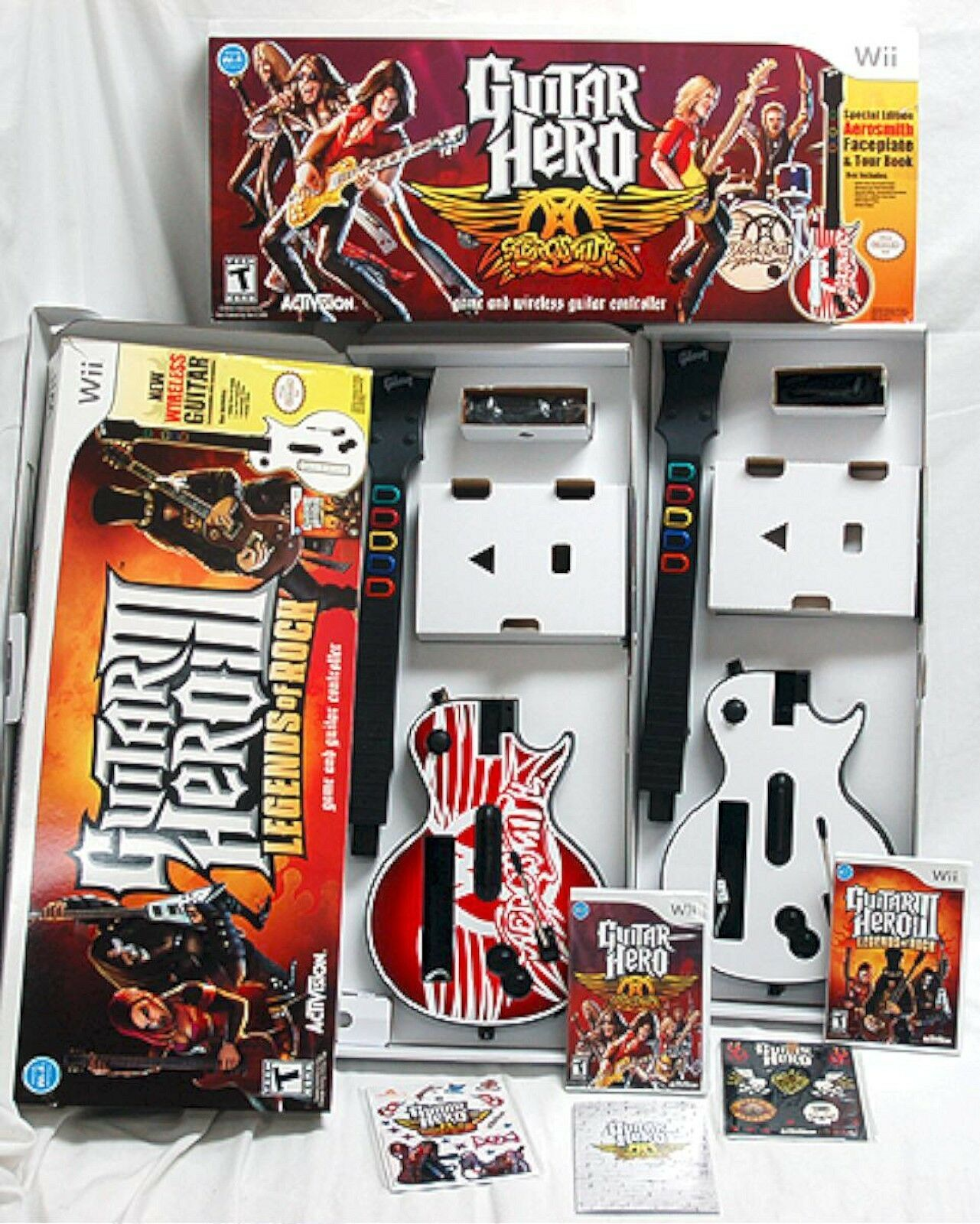 nintendo wii wii u guitar hero 3 aerosmith bundle 2 guitars 2 games set iii ebay. Black Bedroom Furniture Sets. Home Design Ideas