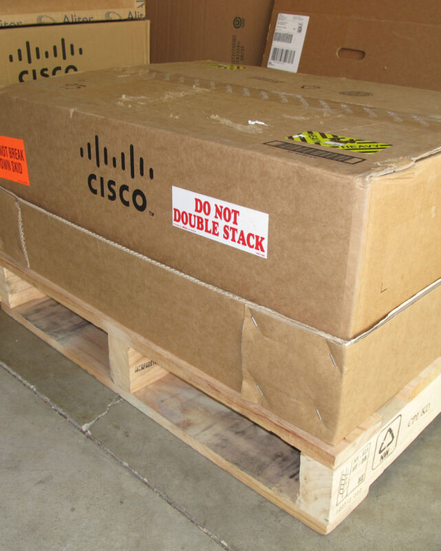 Cisco 1000 Series Asr1004-20g/k9 Asr1000-esp20 Rp1 Sip10 With 2 Asr1004-pwr-ac