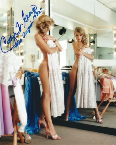 CATHY ST. GEORGE 08/1982 PLAYBOY PLAYMATE SEXY SIGNED PHOTO  (IN1)
