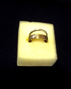 Two 9 Ct Gold Vintage Wedding Rings Mens 47 Ladies Other