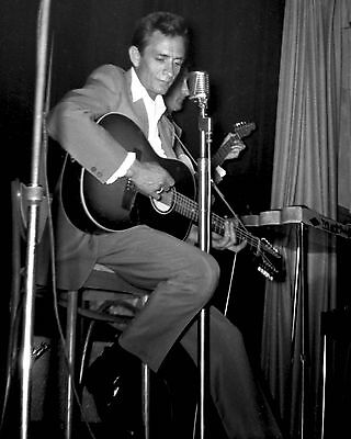 "Johnny Cash 10"" x 8"" Photograph no 1"