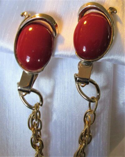 Vintage TRIFARI Fire Engine Red & Gold Tone Sweater Dress Scarf Guard Clip