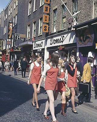 "Carnaby Steet 1960s Mods 10"" x 8"" Photograph no 16"
