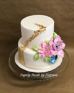 Custom cakes, cupcakes  and cake pops