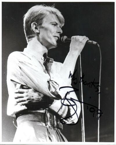 "David Bowie ""Music Icon"" Autographed Un-Published 10x8 B/W 1999 Signed W/LOA"