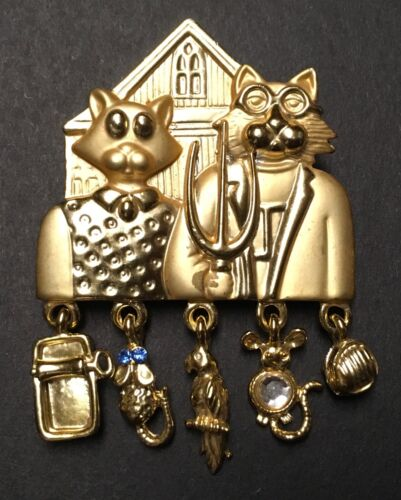 AMERICAN GOTHIC CATS FARMING COUPLE PIN 5 CHARMS GOLD BROOCH PIN SIGNED AJC