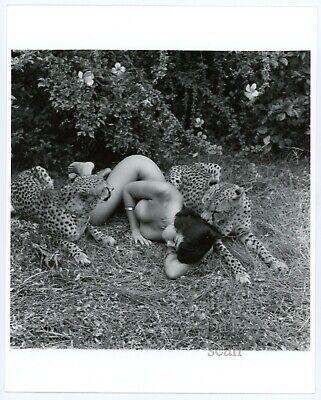 Original Bunny Yeager Photo-sexy pinup girl Betty Page-cheesecake 8x10 u100569