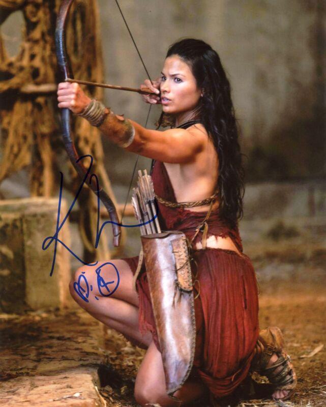 """Katrina Law """"Arrow"""" AUTOGRAPH Signed 'Nyssa al Ghul' 8x10 Photo ACOA"""