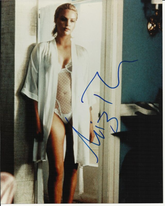 CHARLIZE THERON SIGNED 8X10 PHOTO PROOF! IN PERSON COA