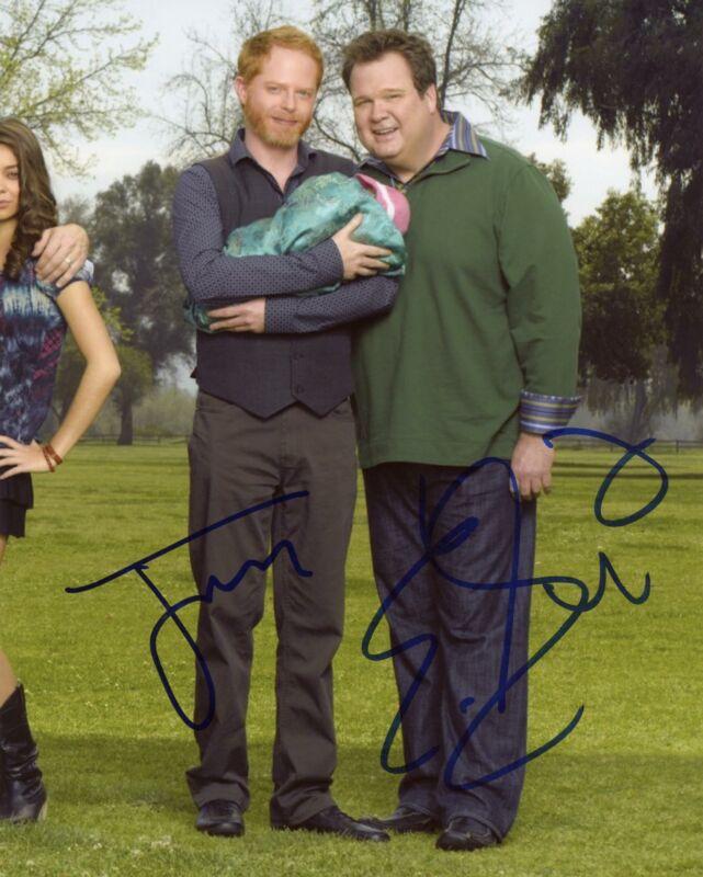 "Jesse Tyler Ferguson & Eric Stonestreet ""Modern Family"" AUTOGRAPHS Signed Photo"