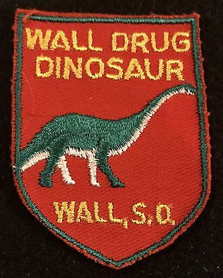 WALL DRUG DINOSAUR Vintage Patch Wall SOUTH DAKOTA Souvenir Travel VOYAGER