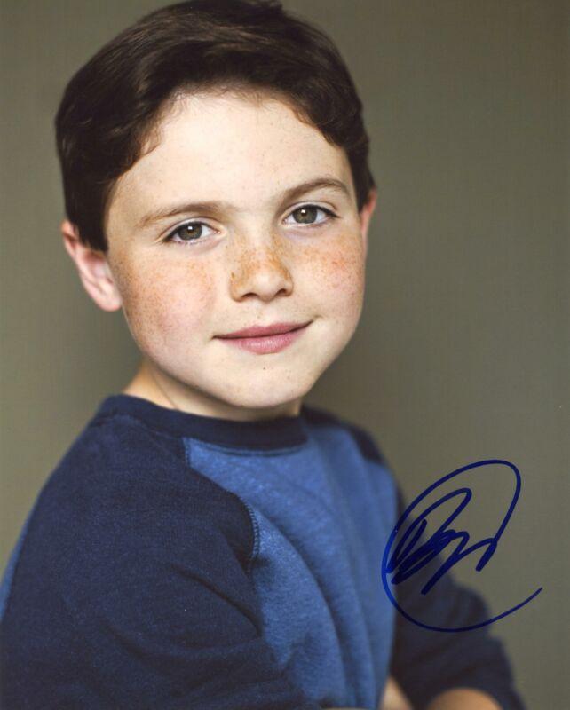 "Brady Noon ""Good Boys"" AUTOGRAPH Signed 8x10 Photo"
