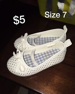 Girls shoes size 3 to 7