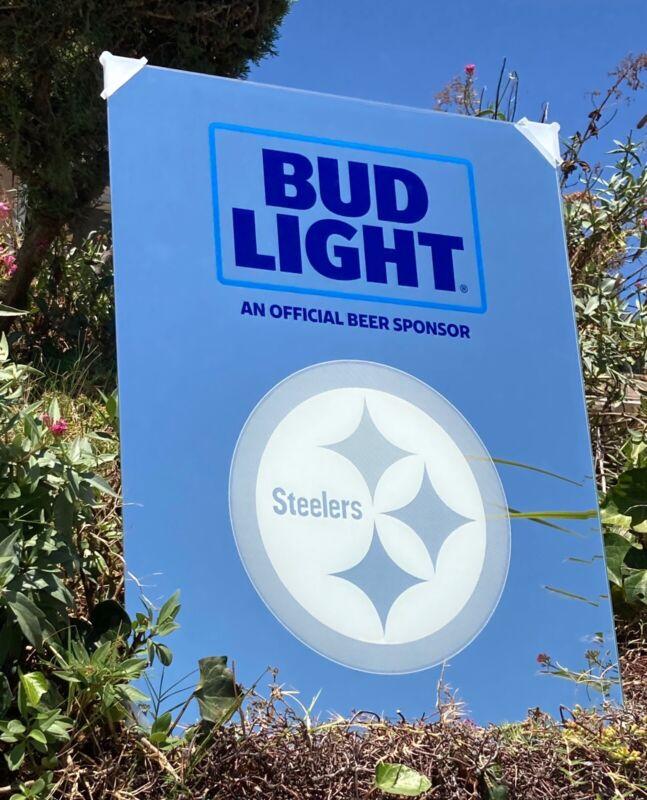 Bud Light NFL Pittsburgh Steelers Football Beer Bar Mirror Man Cave Pub New