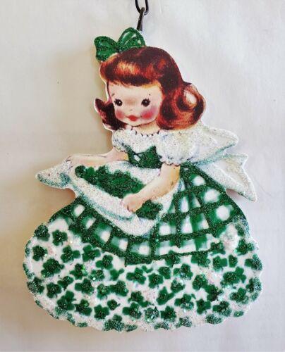 LITTLE GIRL w SHAMROCKS in APRON * Glitter IRISH St. PAT
