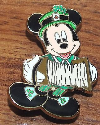Disney 2009 Limited Edition St. Patricks Day Mickey Mouse Playing Accordion Pin!