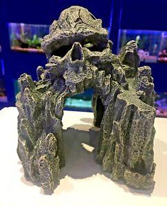 Skull Island Grey Rocky Cave ~ Spooky Face Aquarium Fish Tank Ornament 895