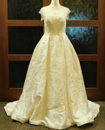 Oleg Cassini Illusion Cap Sleeve Wedding Dress Ivory Sz10/40-33-45 minor defects