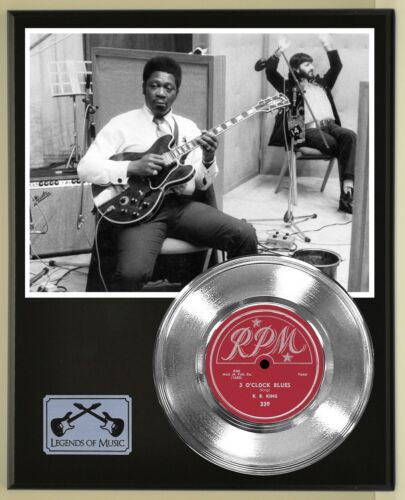 B.B. King 45 Platinum Plated Record Display on an Open Air Wood Plaque. 02