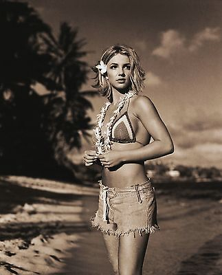Britney Spears Unsigned 8x10 Photo (164)