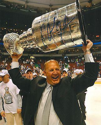 Claude Julien Signed Boston Bruins 8X10 Stanley Cup Trophy Photo W  Coa