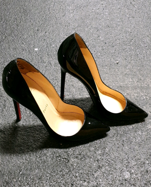 5b693356b73 Christian louboutin pigalle 37.5 black patent heels