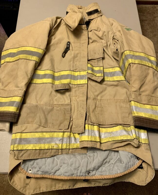 Cairns ReaXtion Turnout Bunker Coat 42 X 32 Used - Great Condition - With DRD.
