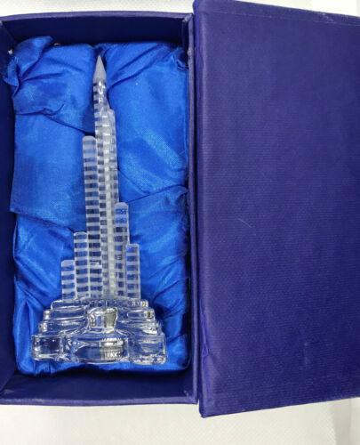 "DUBAI BURJ KHALIFA TOWER 4""1/2 CRYSTAL SOUVENIR with LIGHTING EFFECT from UAE"