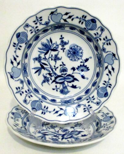 Original Bohemia Zwiebelmuster Czech 2 Blue Onion Rim Soup Bowls - Crown D