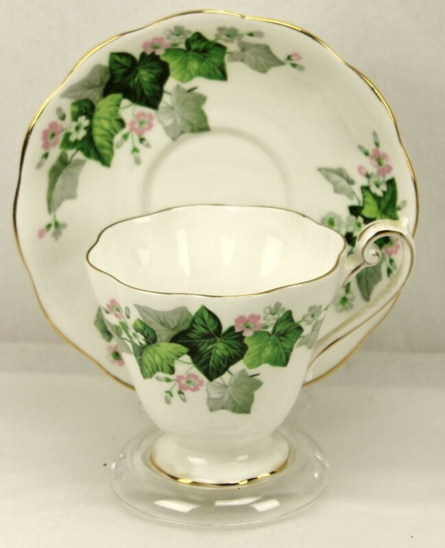 Royal Standard Green Ivy Pink Flowers Fine Bone China Teacup & Saucer England