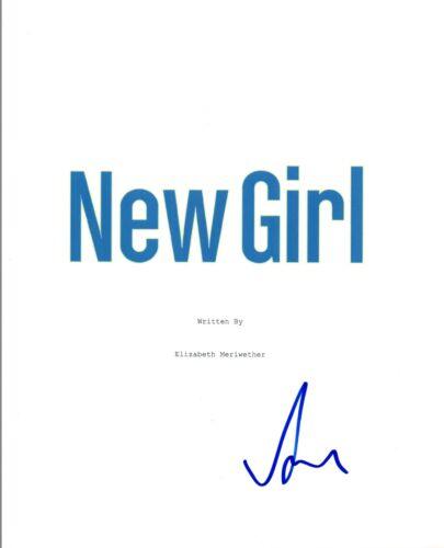 LaMorne Morris Signed Autographed NEW GIRL Pilot Episode Script COA VD