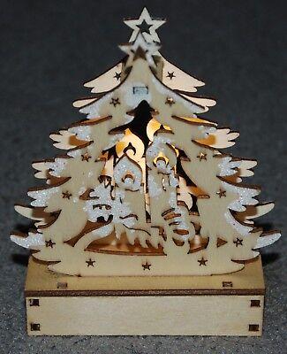 Wooden Christmas Scene Decoration, LED Light Up Christmas Tree & Candles (Christmas Scenes Decorations)